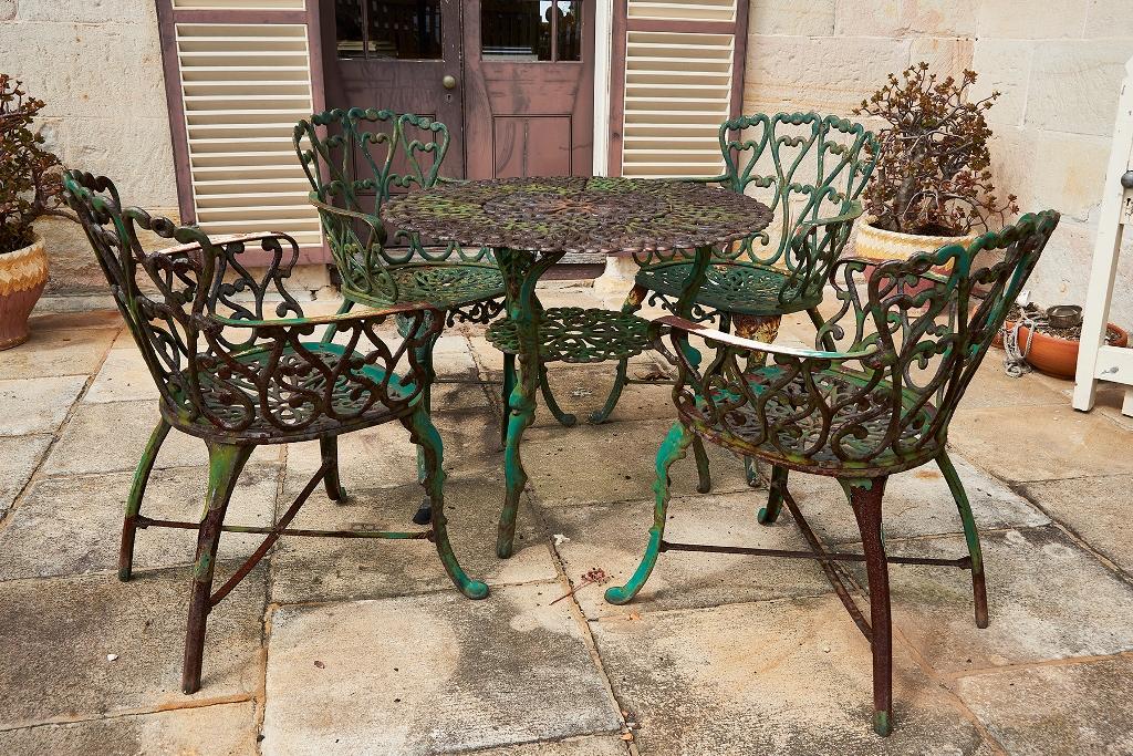 Australian Cast Iron Garden Setting Shapiro Auctioneers